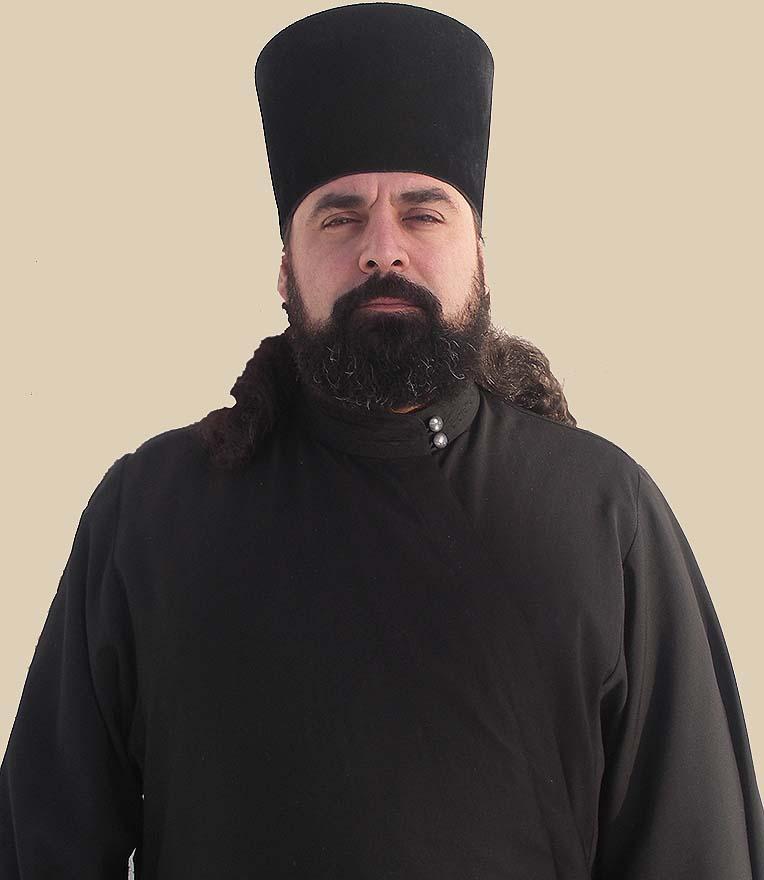 Иеродиакон Даниил Сукиасян